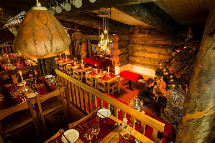 Kakslauttanen-Arctic-Resort-43