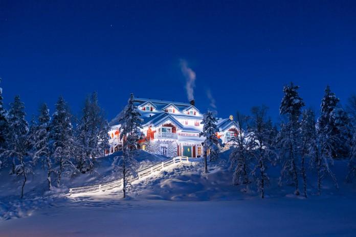 Kakslauttanen-Arctic-Resort-47