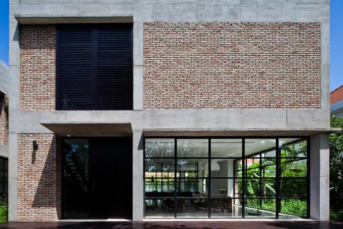 Kobe-1-villa-renovation-by-MM-++-Architects-02