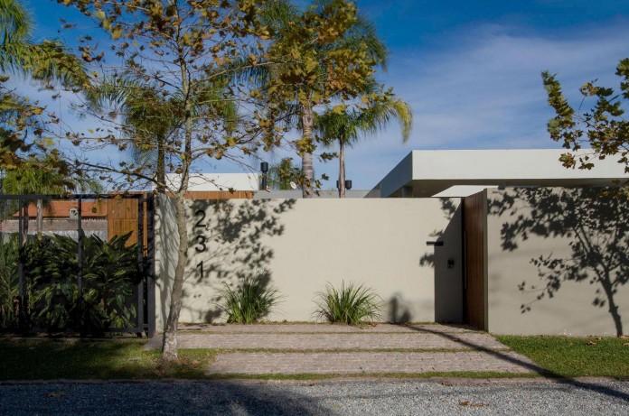 Laranjal-House-by-Rmk!-Arquitetura-01