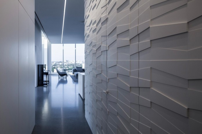 Layers-of-White-by-Pitsou-Kedem-Architects-16