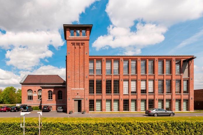 Loft-M-by-Graux-&-Baeyens-Architects-01