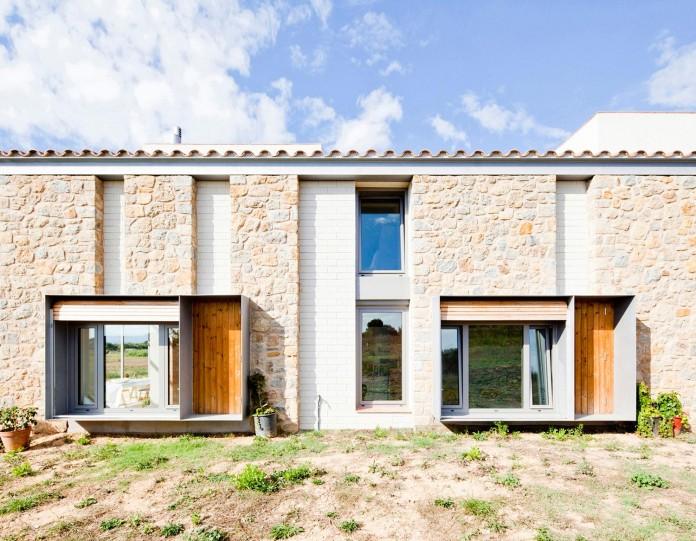 MMMMMS-House-by-Anna-&-Eugeni-Bach-01
