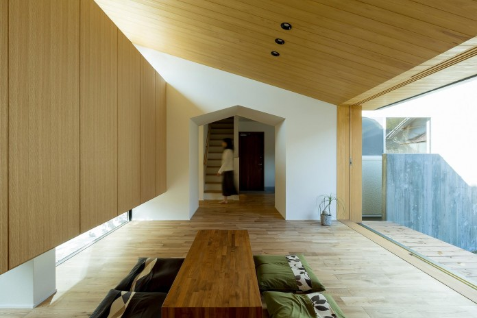 Maibara-House-by-ALTS-Design-Office-05