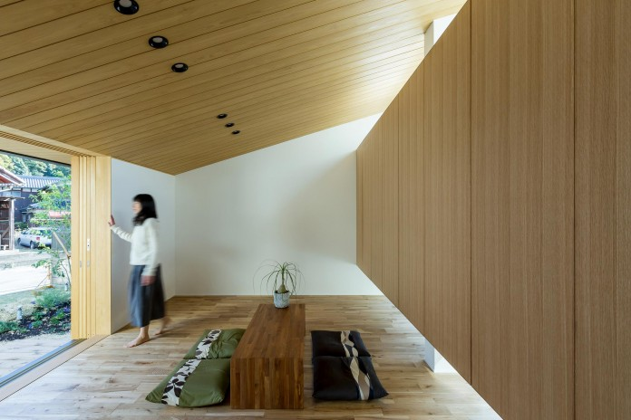 Maibara-House-by-ALTS-Design-Office-06