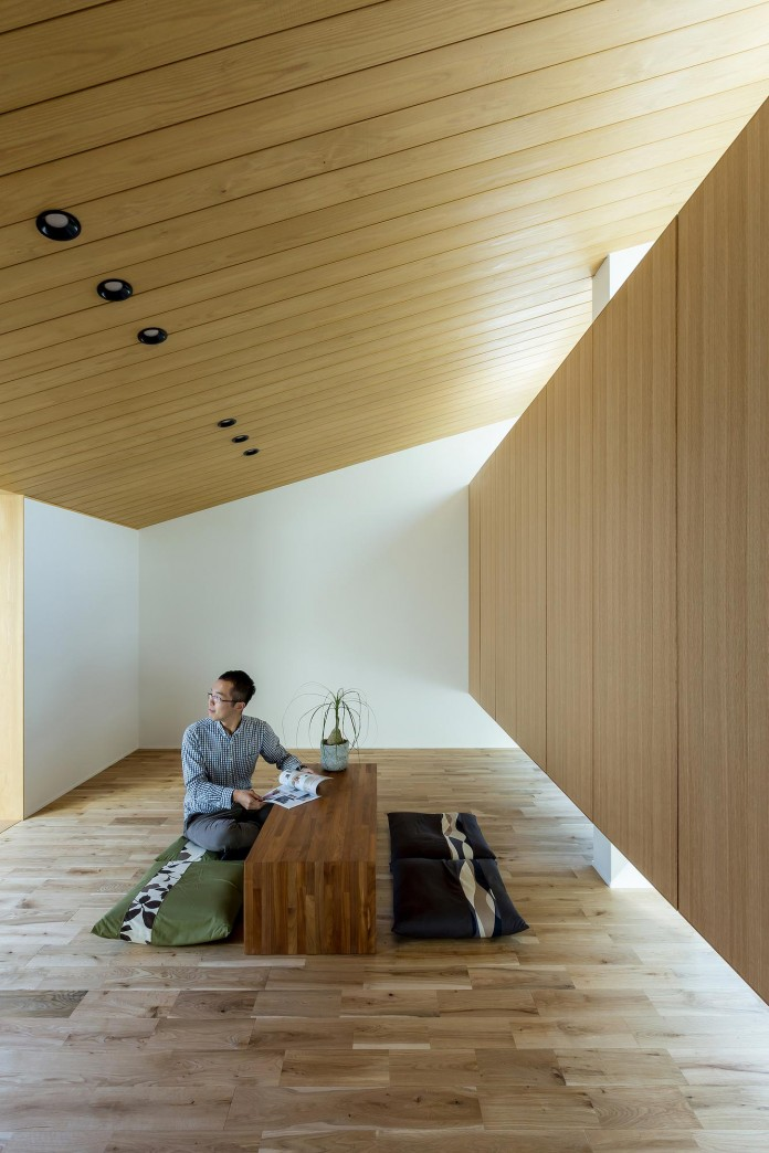 Maibara-House-by-ALTS-Design-Office-07