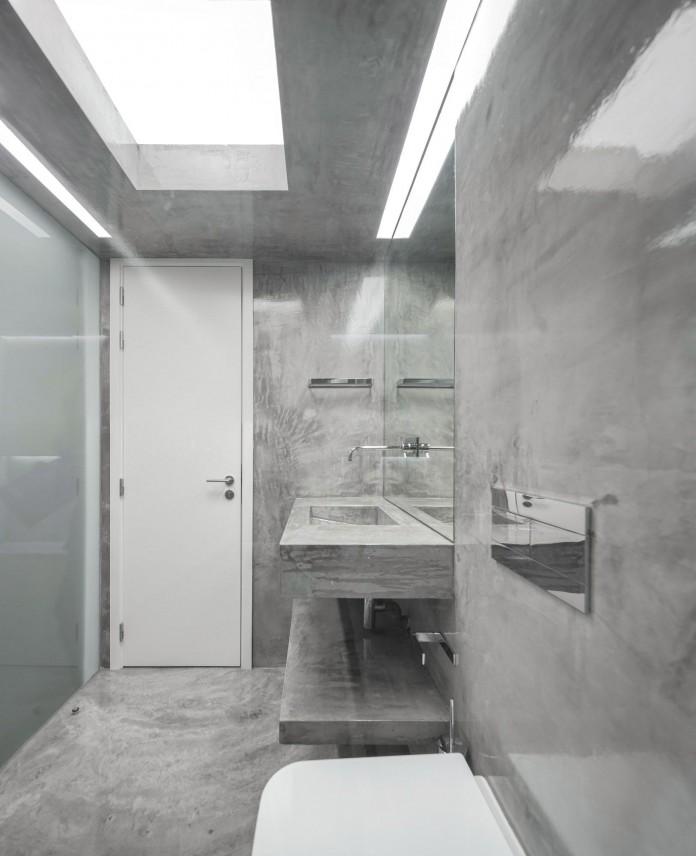 Minimalist-Black-and-White-Anjos-Loft-by-João-Tiago-Aguiar-22