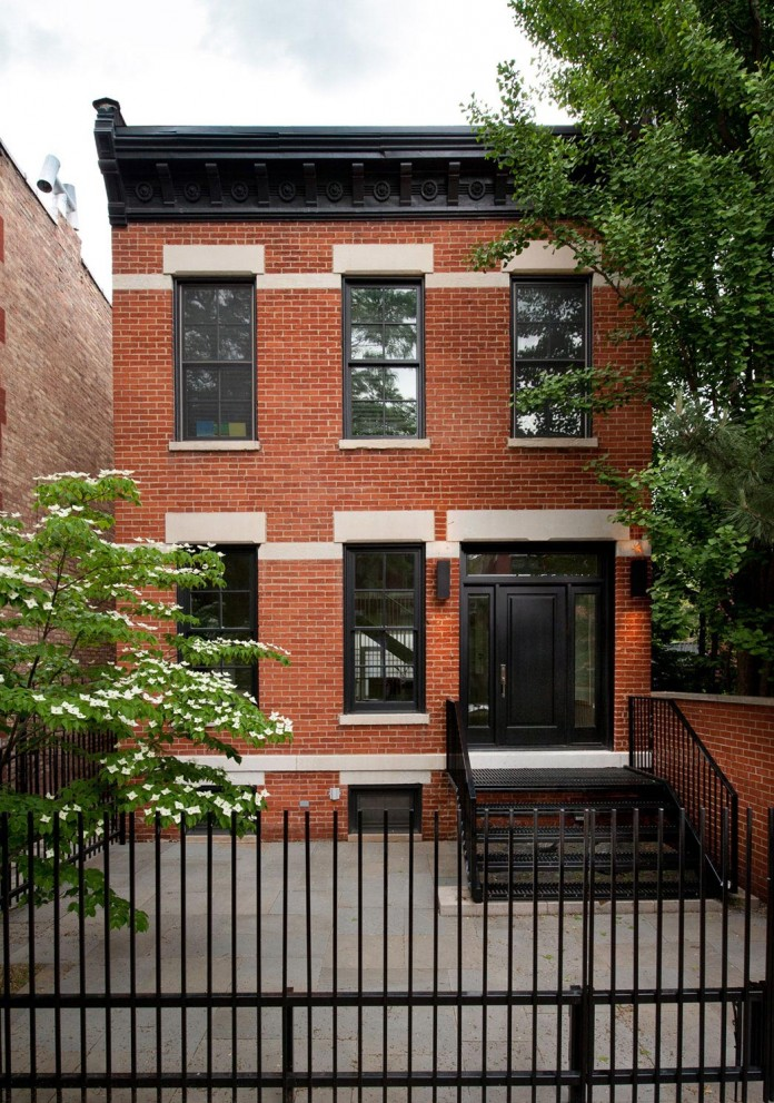 Modern-renovation-of-Webster-House-in-Lincoln-Park-by-Hufft-Projects-01