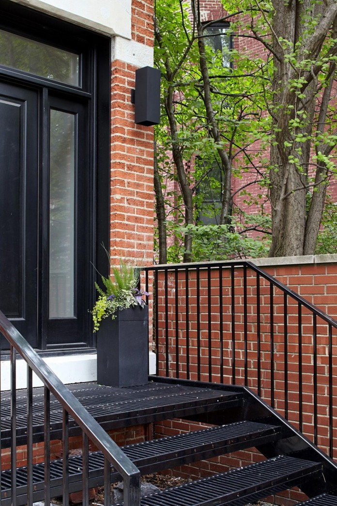 Modern-renovation-of-Webster-House-in-Lincoln-Park-by-Hufft-Projects-04