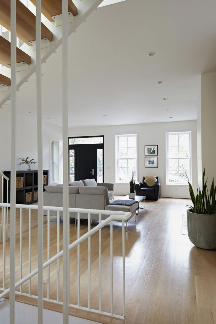 Modern-renovation-of-Webster-House-in-Lincoln-Park-by-Hufft-Projects-05