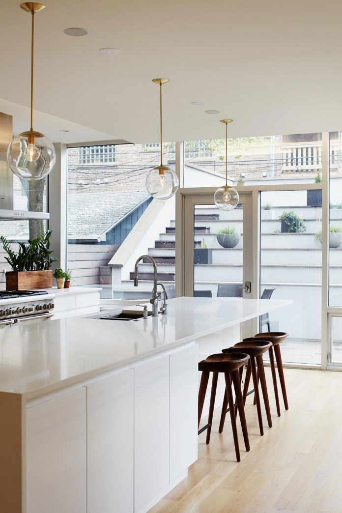 Modern-renovation-of-Webster-House-in-Lincoln-Park-by-Hufft-Projects-13