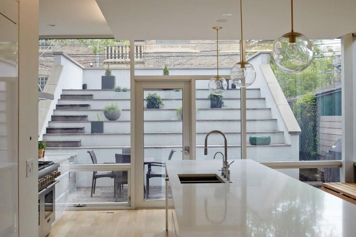 Modern-renovation-of-Webster-House-in-Lincoln-Park-by-Hufft-Projects-14