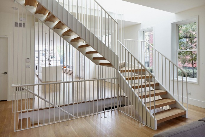 Modern-renovation-of-Webster-House-in-Lincoln-Park-by-Hufft-Projects-17