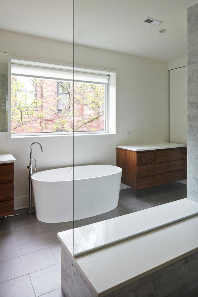 Modern-renovation-of-Webster-House-in-Lincoln-Park-by-Hufft-Projects-21
