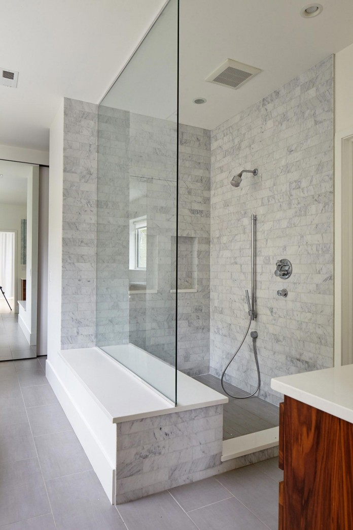 Modern-renovation-of-Webster-House-in-Lincoln-Park-by-Hufft-Projects-23