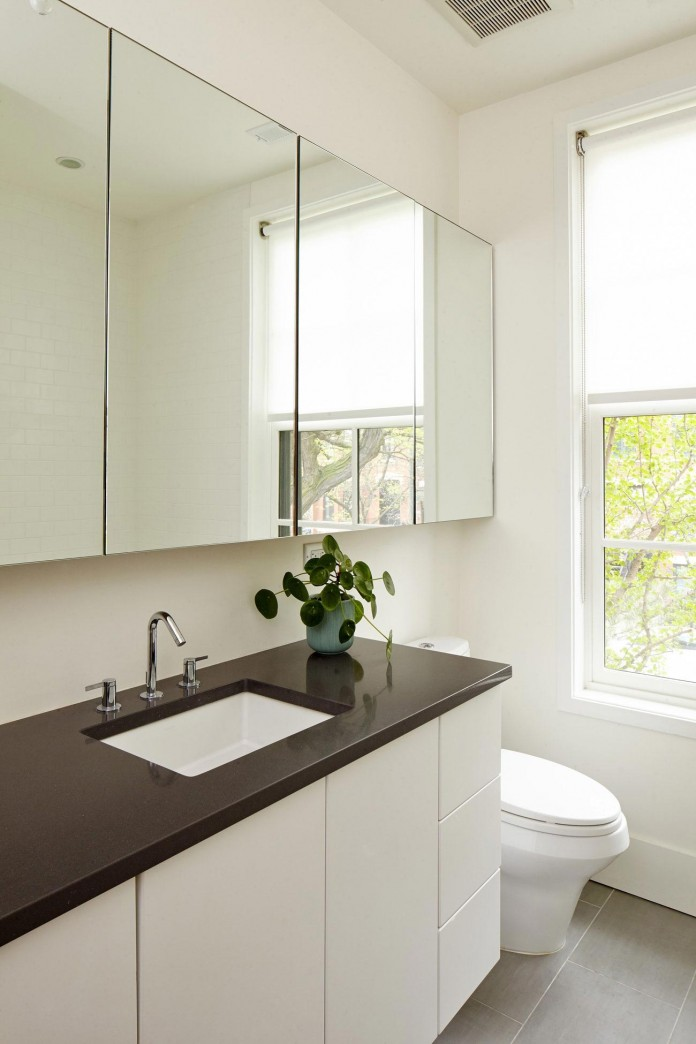 Modern-renovation-of-Webster-House-in-Lincoln-Park-by-Hufft-Projects-26