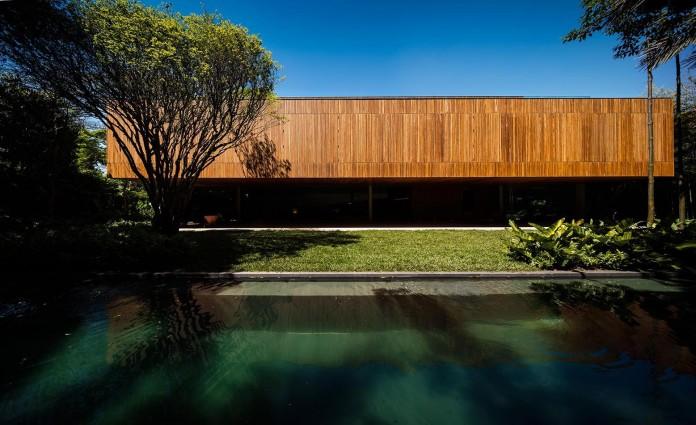 Ramp-House-by-Studio-mk27---Marcio-Kogan-+-Renata-Furlanetto-06