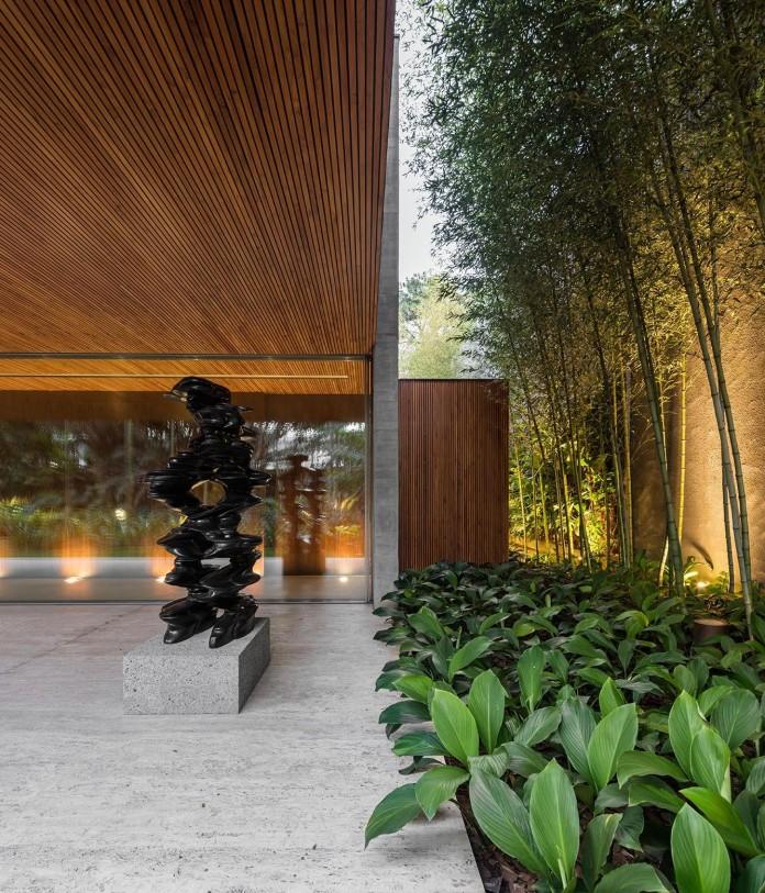 Ramp-House-by-Studio-mk27---Marcio-Kogan-+-Renata-Furlanetto-09