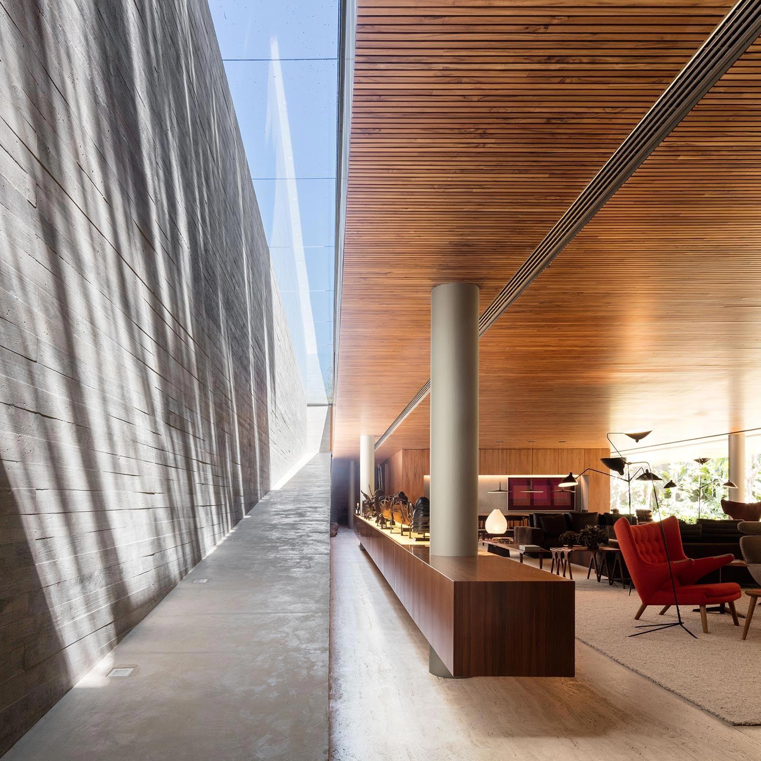 Ramp House by Studio mk27 - Marcio Kogan + Renata Furlanetto - CAANdesign | Architecture and home design blog
