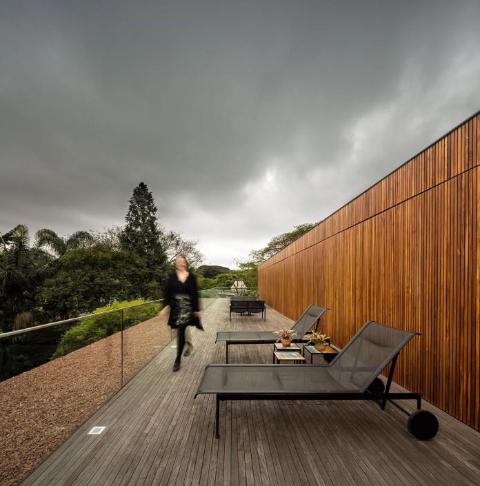 Ramp-House-by-Studio-mk27---Marcio-Kogan-+-Renata-Furlanetto-38