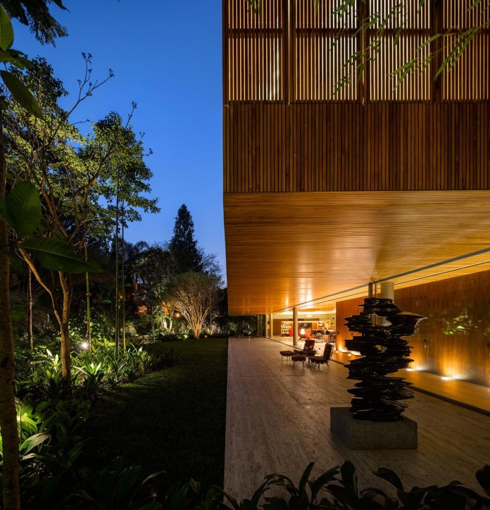 Ramp-House-by-Studio-mk27---Marcio-Kogan-+-Renata-Furlanetto-42