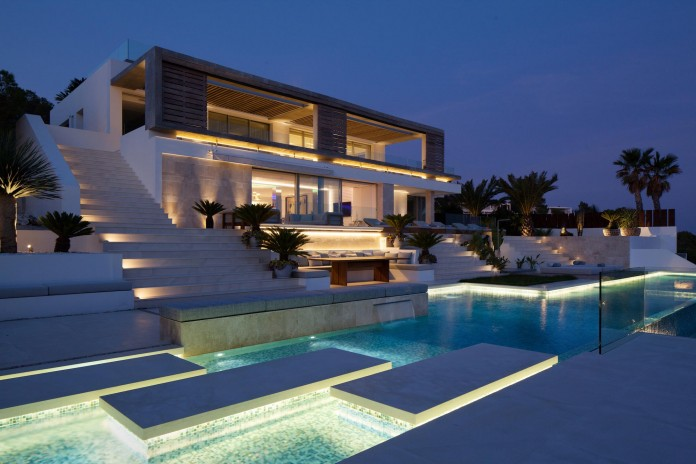 Awesome The Top Of The Most Beautiful Modern Houses Ever Built Largest Home Design Picture Inspirations Pitcheantrous