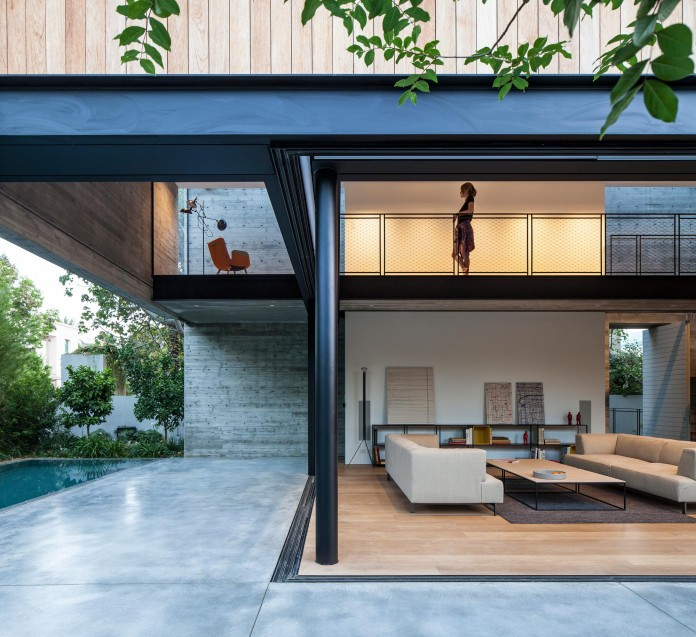 SB-House-by-Pitsou-Kedem-Architects-22