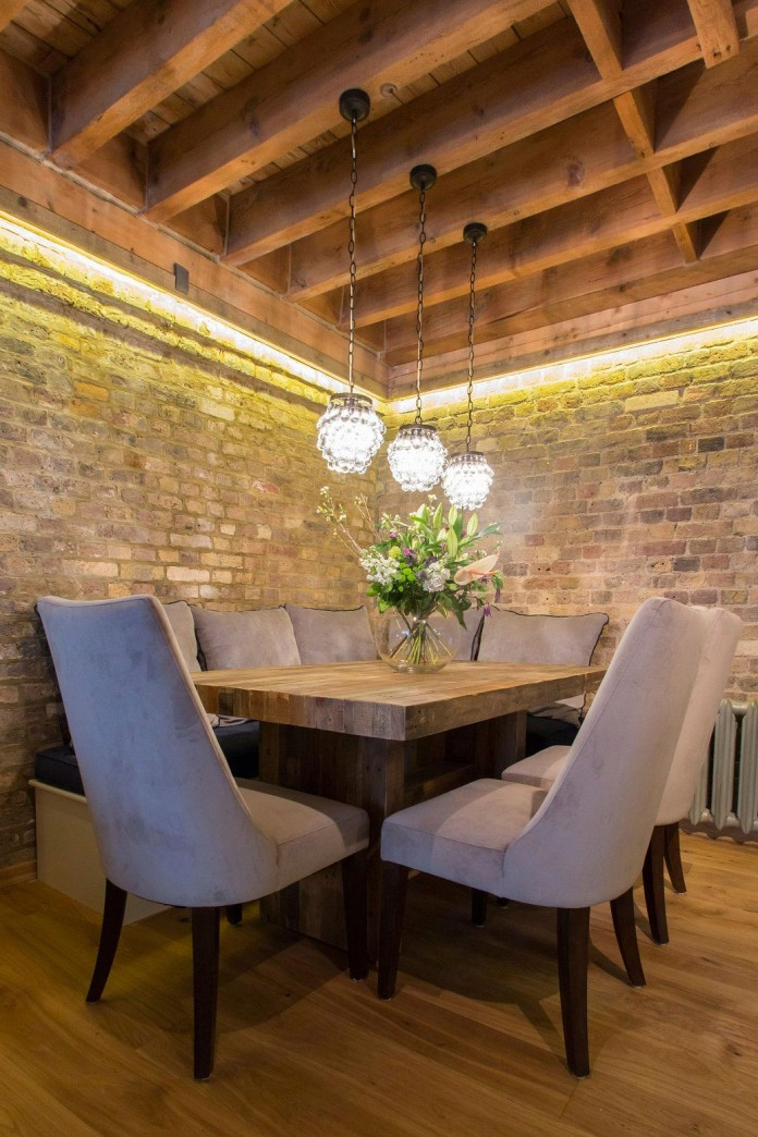 Shad-Thames-Warehouse-Apartment-by-Maisha-Design-08