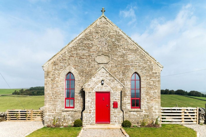The-Chapel-conversion-by-Evolution-Design-02
