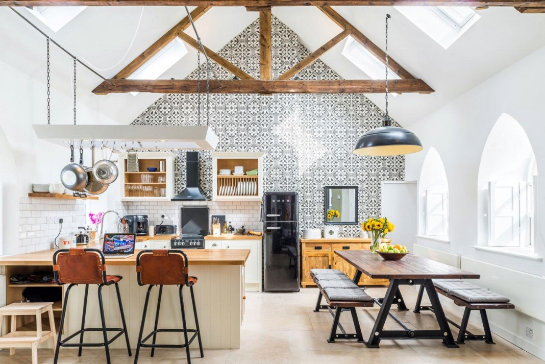 The Chapel conversion by Evolution Design