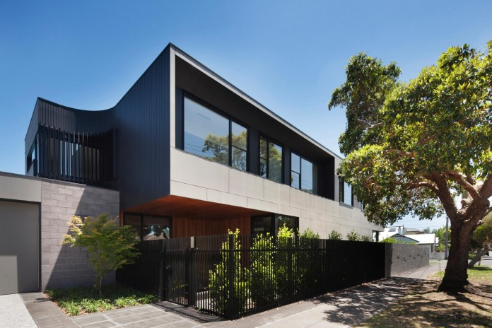 The-Corner-Residence-by-Bower-Architecture-02
