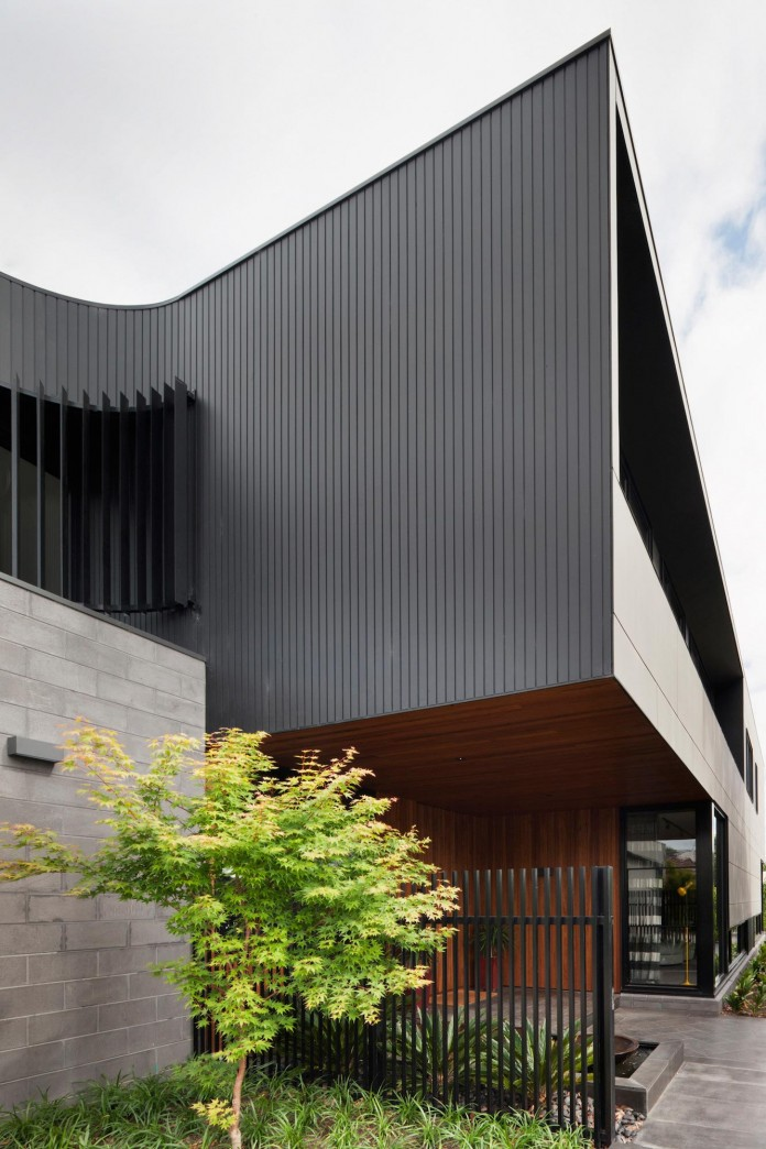 The-Corner-Residence-by-Bower-Architecture-03
