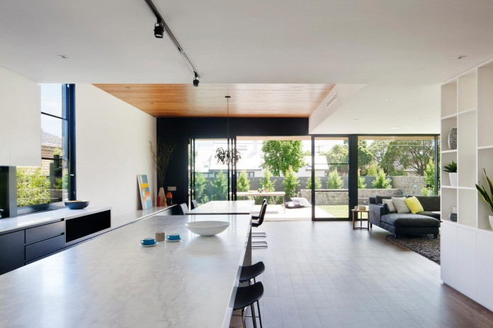 The-Corner-Residence-by-Bower-Architecture-06