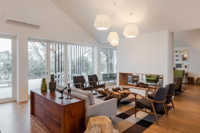 Vale-das-Sobreiras-Hotel-by-Future-Architecture-Thinking-18