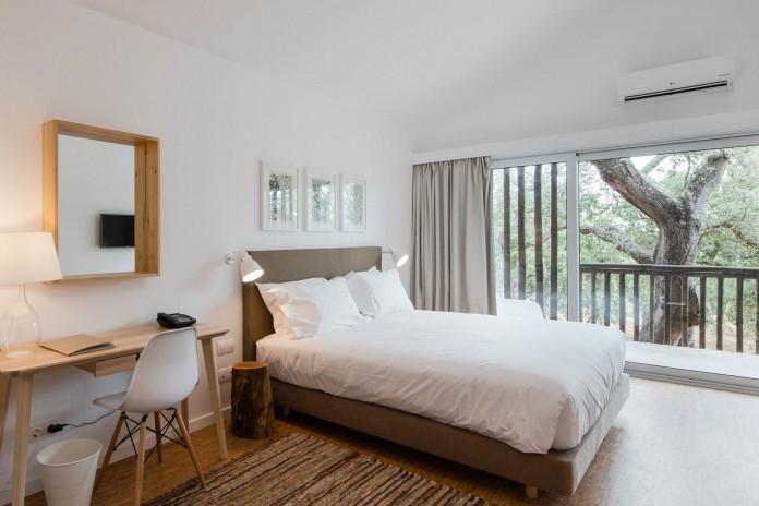 Vale-das-Sobreiras-Hotel-by-Future-Architecture-Thinking-25