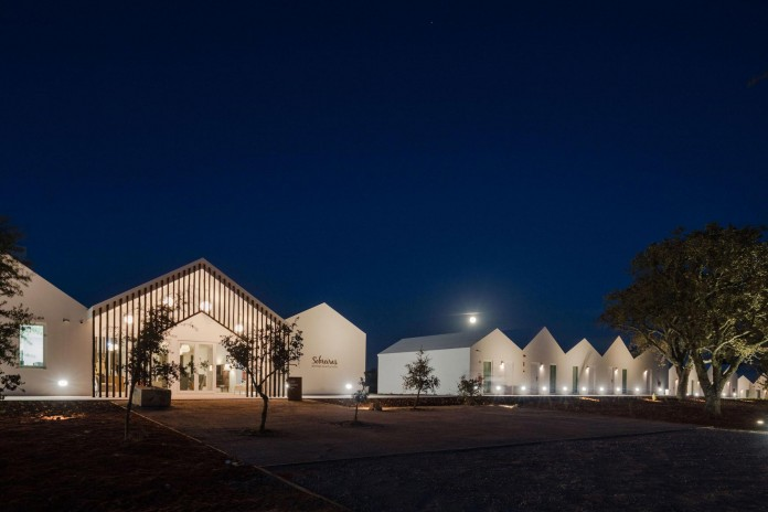 Vale-das-Sobreiras-Hotel-by-Future-Architecture-Thinking-39