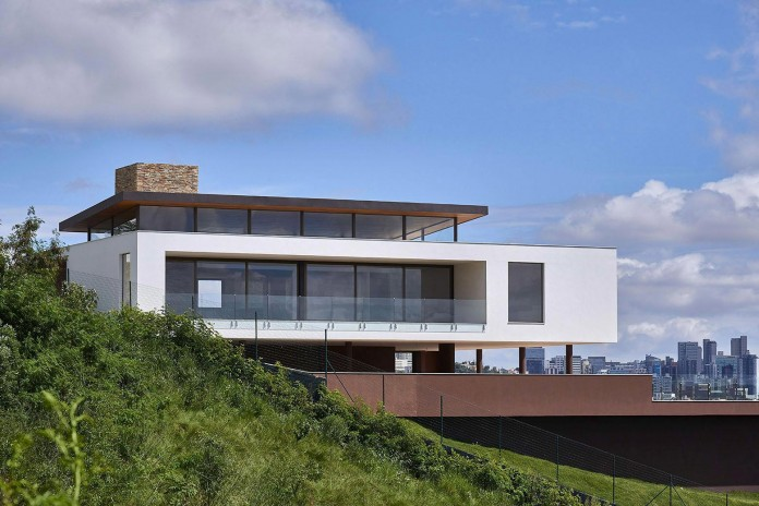 Valley-House-by-David-Guerra-01