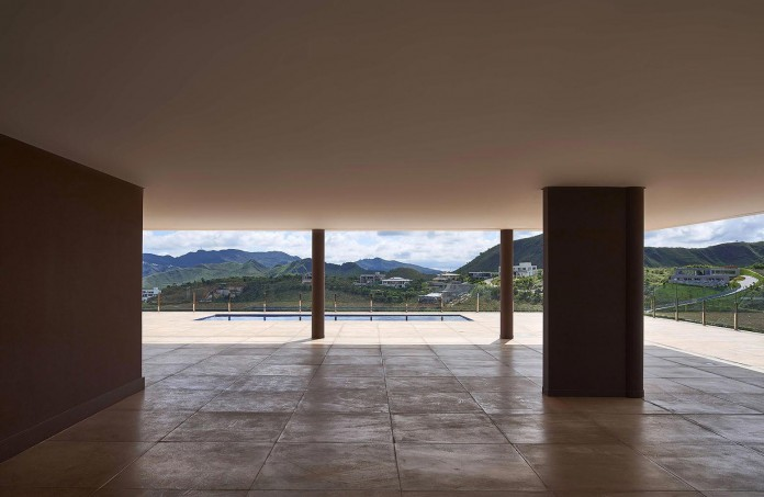 Valley-House-by-David-Guerra-09