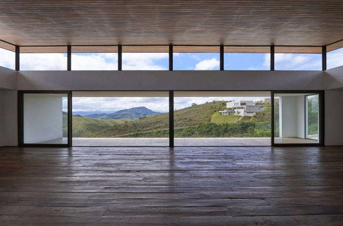 Valley-House-by-David-Guerra-10