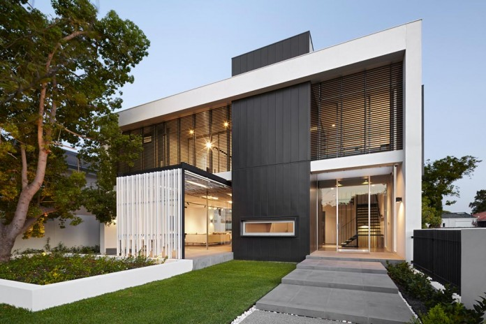 1021-Gallery-House-by-Craig-Steere-Architects-16
