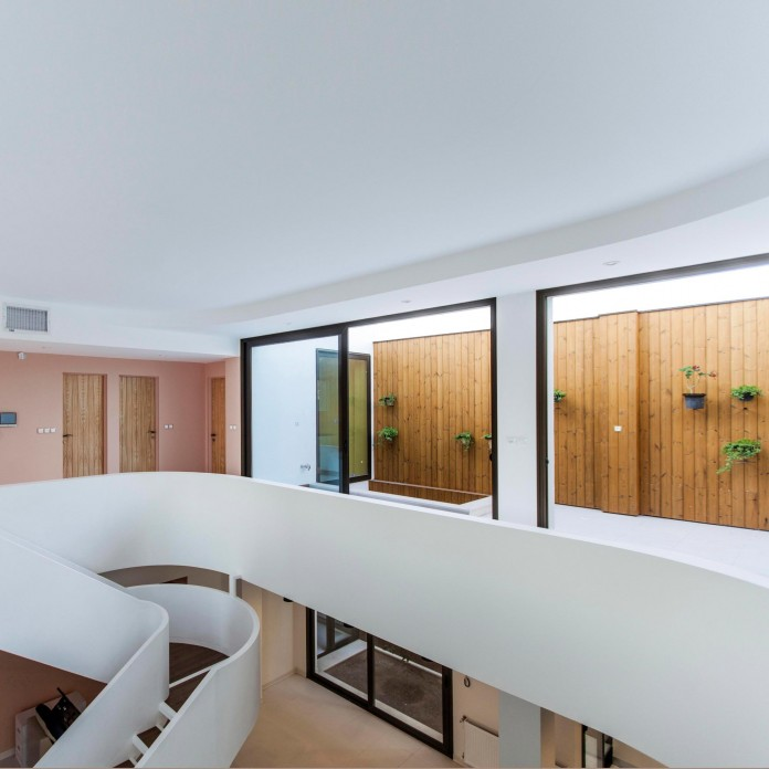 Bahar-House-by-Ayeneh-Office-12