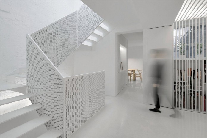Beijing-Hutong-House-Renovation-by-ARCHSTUDIO-06