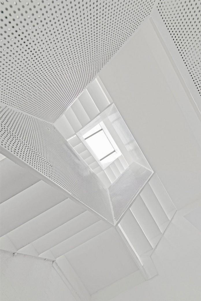 Beijing-Hutong-House-Renovation-by-ARCHSTUDIO-14