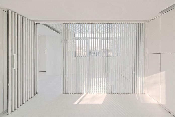 Beijing-Hutong-House-Renovation-by-ARCHSTUDIO-17