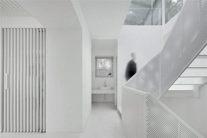 Beijing-Hutong-House-Renovation-by-ARCHSTUDIO-19