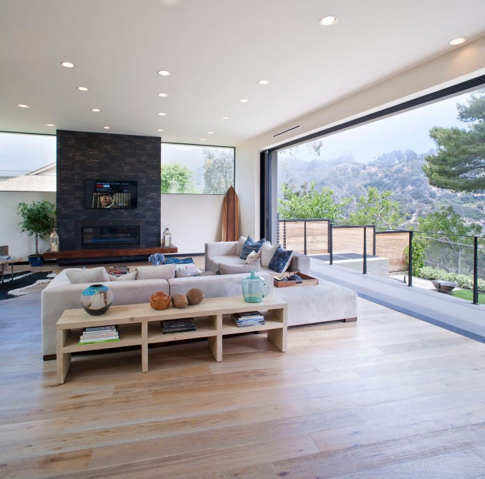 Bellino-Residence-by-Mayes-Office-03