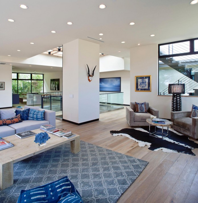 Bellino-Residence-by-Mayes-Office-04