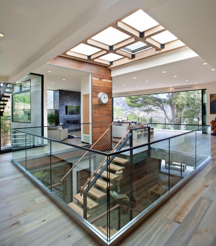 Bellino-Residence-by-Mayes-Office-06