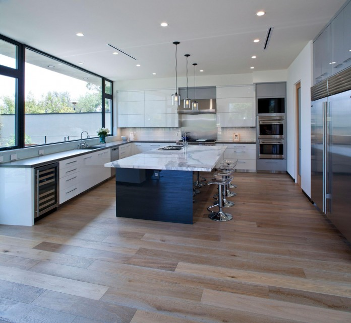 Bellino-Residence-by-Mayes-Office-08