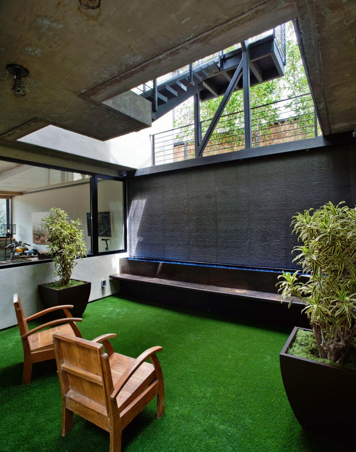 Bellino-Residence-by-Mayes-Office-10